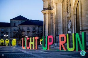 Light Up Run Orléans lettres en bois géantes grand format pour évènementiel