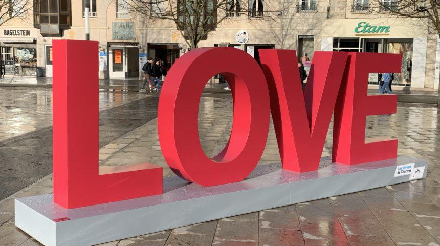 Lettres géantes LOVE